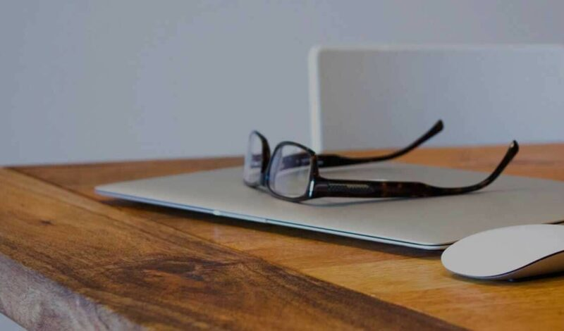 The 10 Commandments of Online Training (How to Create Courses that Stick)